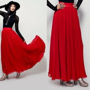 79b4c394e3 Free People Hearts Delight Maxi skirt - NWOT